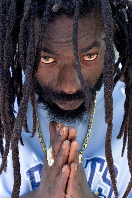 BujuBanton(Gargamel)-praying