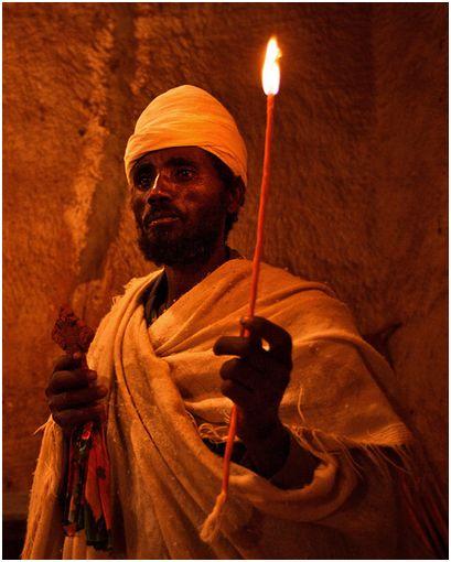 behaalotecha - parsha [kahin with candle-Aaron]