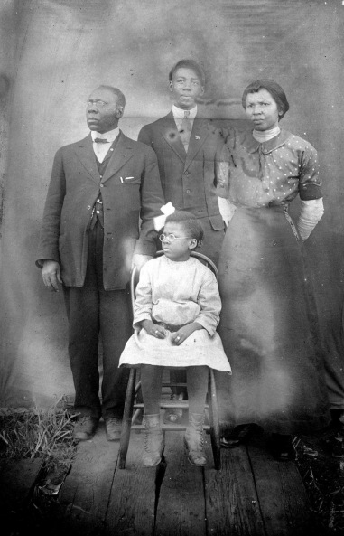 rabbi arnold josiah and mignon ford with family